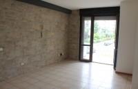 Appartamento non arredato con garage