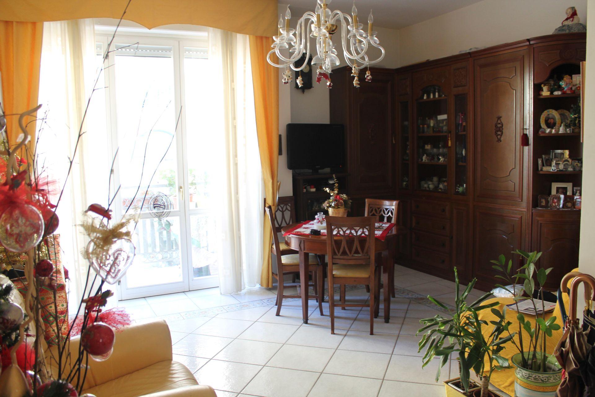 Appartamento mq 100 zona centralissima